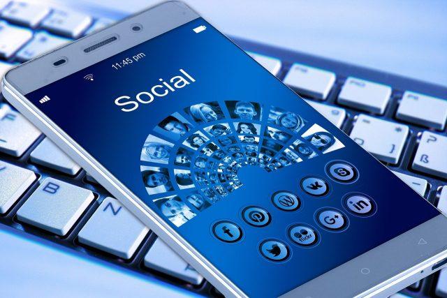 réseaux sociaux et entreprises