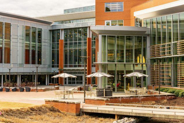 Comment choisir un logement étudiant sur le campus et hors campus ?